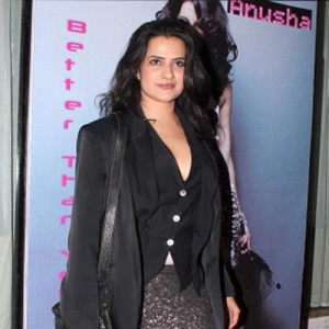 Singer Sona Mohapatra claims harassment by officials