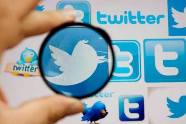Banking now just a tweet away: French bank, Twitter team up for money transfers